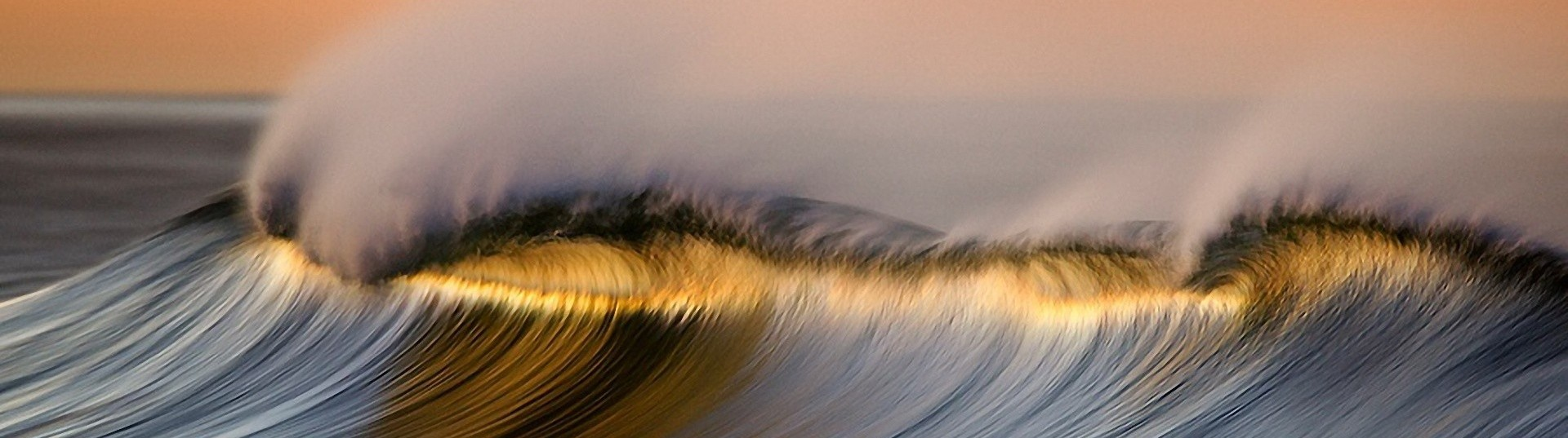 golden-wave-david-orias-hd-wallpaper_0-e1426154504298